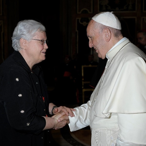 Sister Kathleen Storms with Pope Francis.