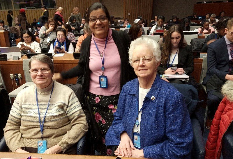 Sisters Carolyn, Beatriz Martinez-Garcia and Eileen Reilly at CSW63